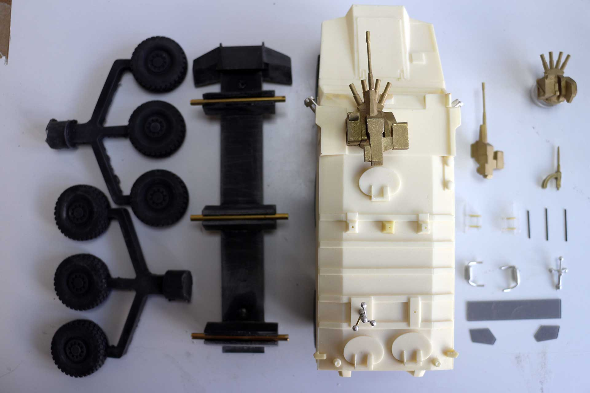 Nexter Titus maquette kit véhicule blindé
